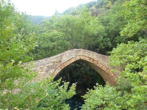 Καρύταινα-Το γεφύρι του Ατσιχόλου στον Λούσιο