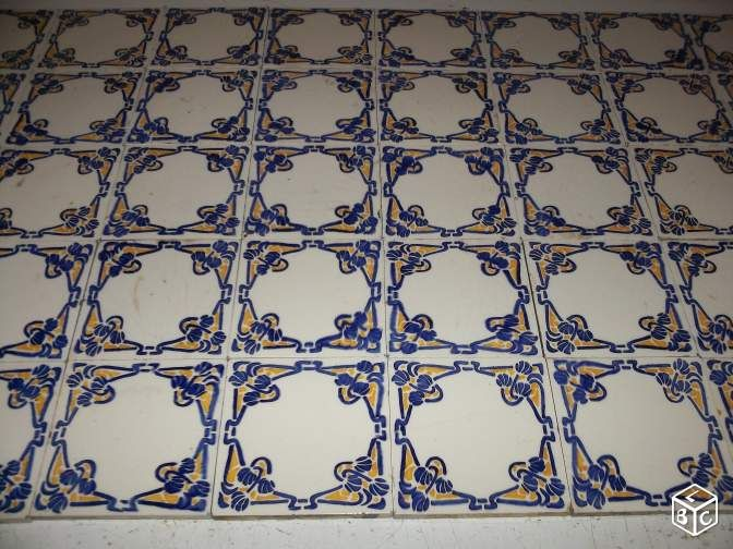 713 best desvres images on pinterest for Carreaux faience anciens