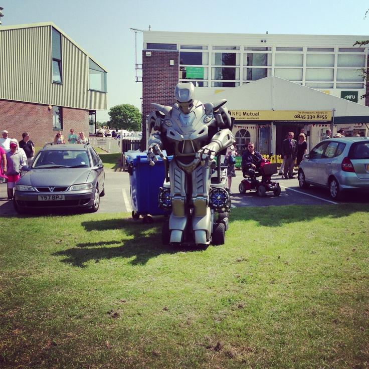 Titan the Robot @ South of England Show