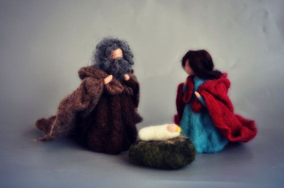 You have seen this scene crafted in olive wood, ceramic, stone... I choose my favorite technique of needle felting to bring you the story of
