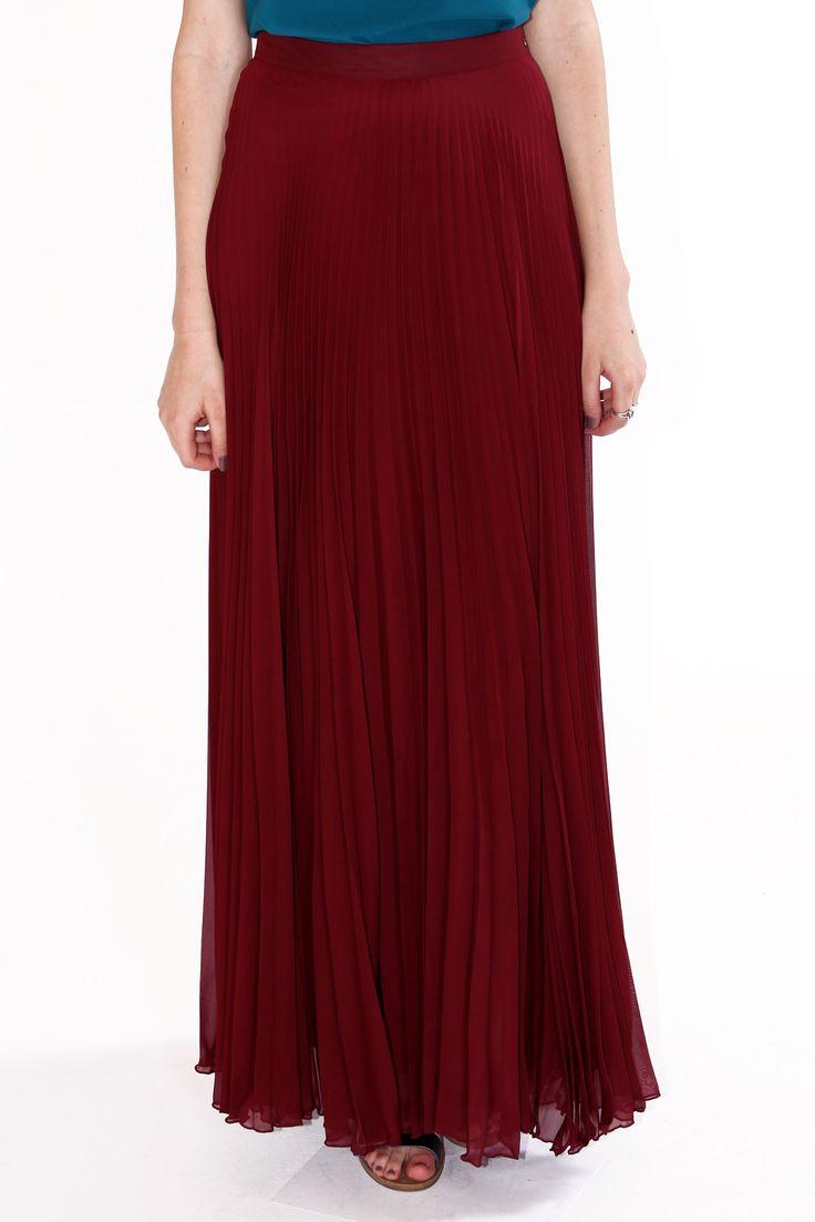 1000 ideas about burgundy skirt on pinterest burgundy. Black Bedroom Furniture Sets. Home Design Ideas
