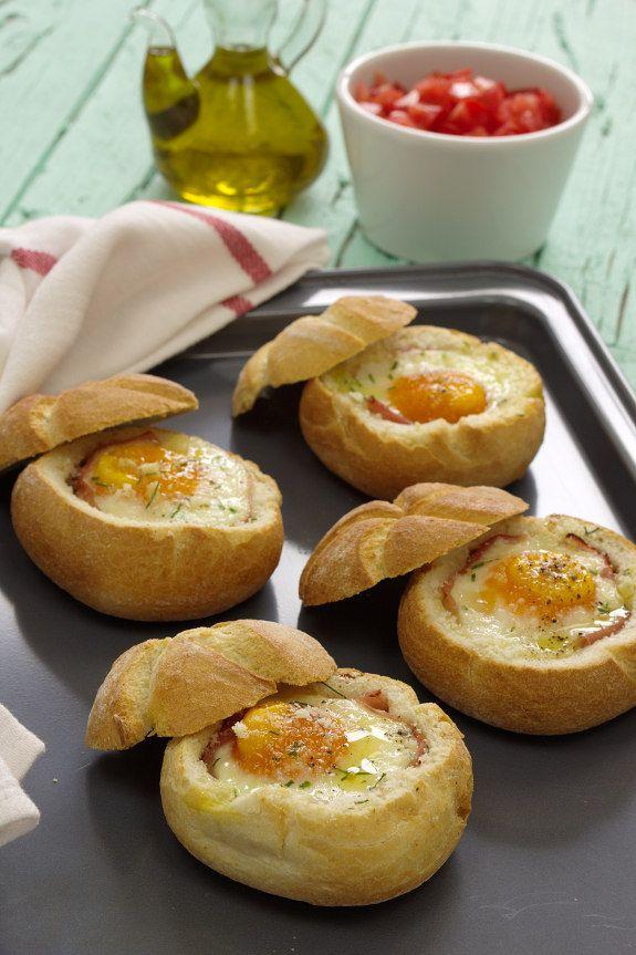 Cinco Quartos de Laranja: Pão recheado com ovo e fiambre no forno