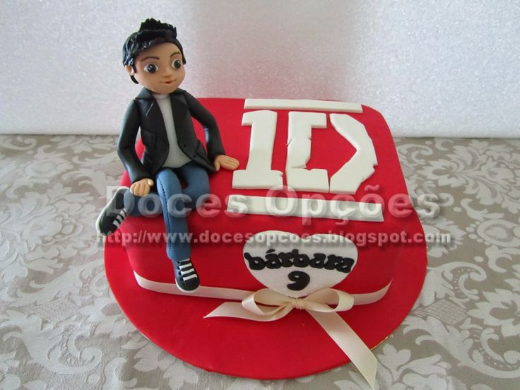 Doces Opções: Bolo One Direction para o aniversário da Bárbara
