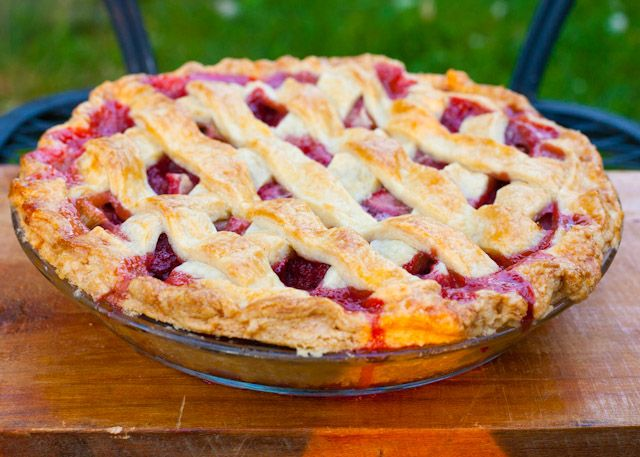 ... better | Pinterest | Pies, Rhubarb Pie and Strawberry Rhubarb Pie