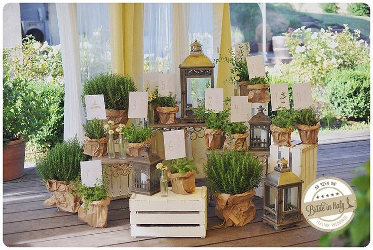 A #countrychic seating chart with herbs and suculents, graphic design by CUTandPASTE lab, ph by L&V Photography http://www.brideinitaly.com/2013/09/landvkm0.html
