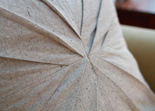 DIY : Jolis coussins plein de plis, façon origami
