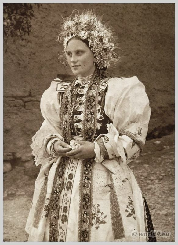 Traditional wedding costume from Liptovské Sliače, Slovakia. | Costume History
