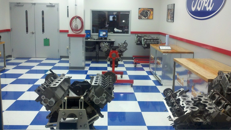 Check out the Ford FACT Engine Lab at Nascar Technical Institute in Mooresville, SC!  www.uti,edu
