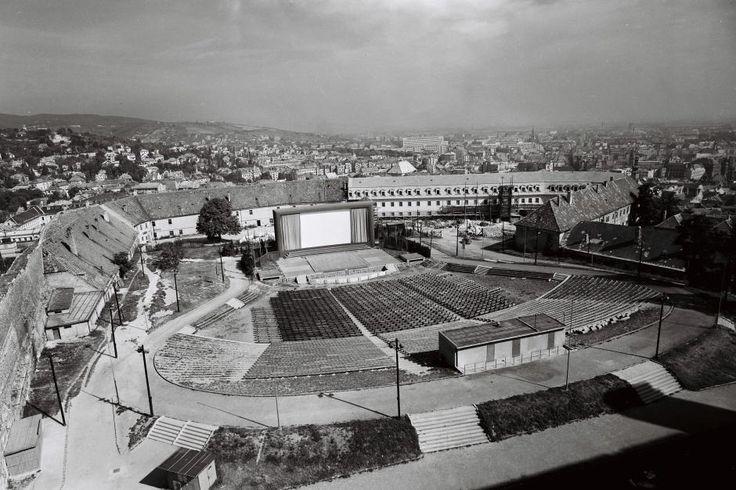Pozrite si, ako vyzeral Bratislavský hrad na starých fotografiách | Vizuálne umenie | kultura.sme.sk