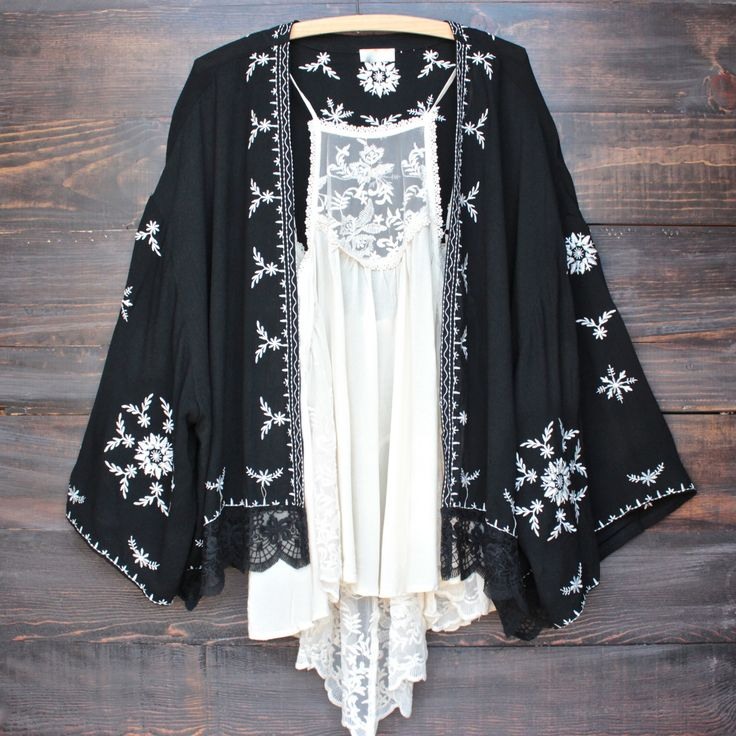 boho embroidered kimono jacket - black - shophearts - 1
