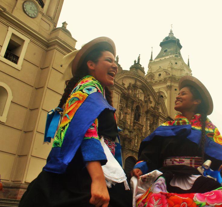 risas carnavaleras en Peru.