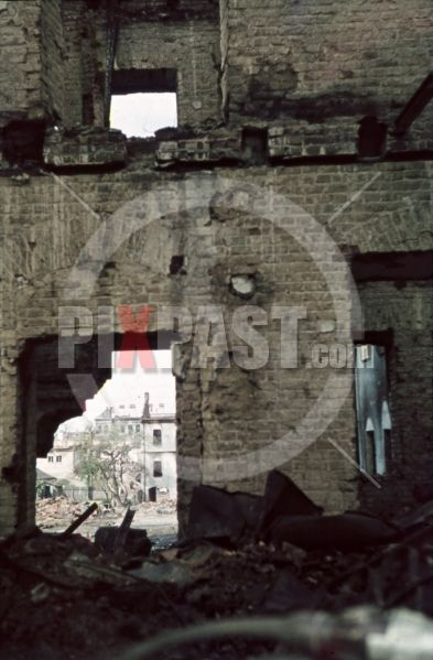 ww2 color photo slide agfacolor dia farbdias - destroyed buildings in Minsk, Belarus, Russia 1941  destroyed buildings in Minsk, Belarus, Russia 1941 by Franz Krieger