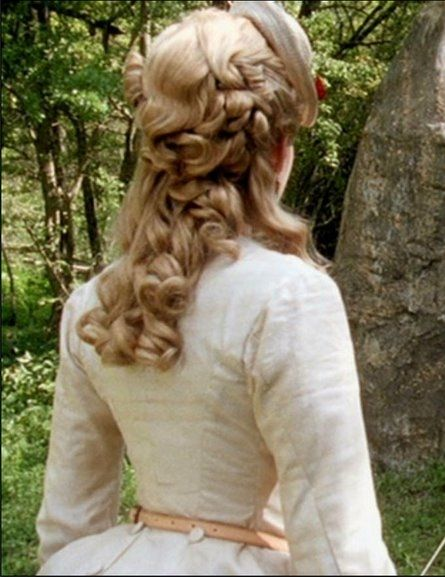 Daniel Deronda. Love Gwen's hair piece!