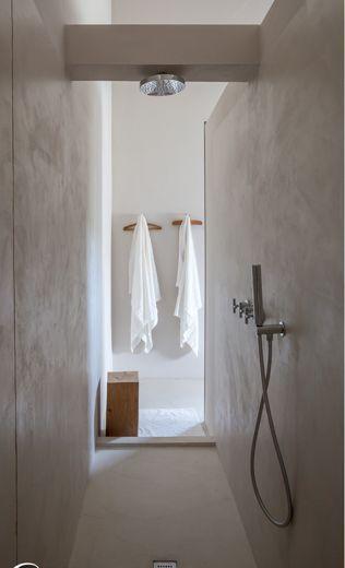 ☆http://barefootstyling.wordpress.com/  Hvitt, matt/glans som kontrast til betong