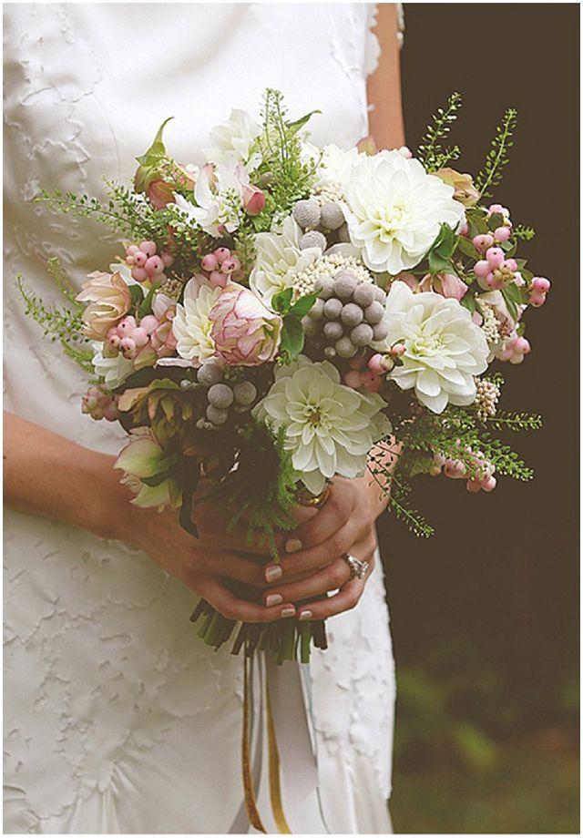 classic wedding bouquet designs | Bridal Bouquets: Wedding Advice - Want That Wedding ~ A UK Wedding ...