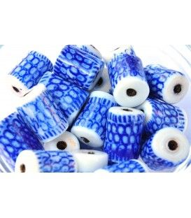 Porcelain and blue royal glass beads.  Buy at craft studio beads. Craftstudiobeads.eu