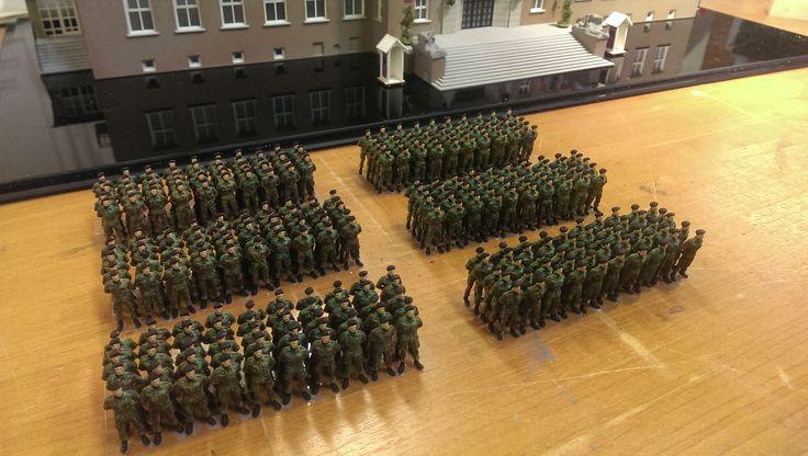 Mariniers korps voor van ghentkazerne op schaal in miniatuur http://www.miniworldrotterdam.com/