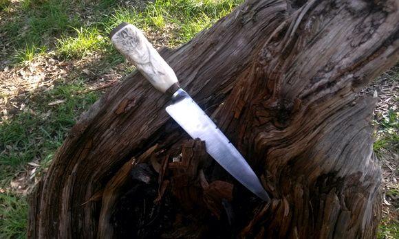 Cuchillo Tallado Amazona