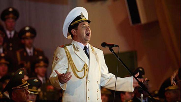 Spevák Vadim Anaňjev z Alexandrovcov nenastúpil do lietadla, dozvedel sa o narodení syna