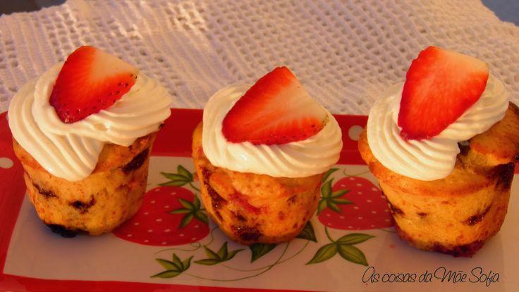 Queques de morango / Strawberry muffins