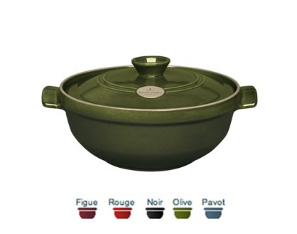 Small Risotto pot (fig, red, black, olive, blue). 25x25x13 cm (2,40 L). The special design of the lid, which sits inside the upper rim, allows you to limit the steam escaping from inside the pot, for optimal simmering. Price: $149.99. To order call 905·885·9250. (Price subject to change without notice)