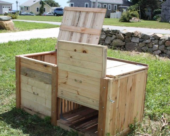 how to make a compost heap from pallets
