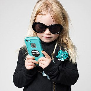 17 Awesome Feminist Costume Ideas For Little Grrrrrls - featured in my latest post at http://iwasahighschoolfeminist.com/2014/10/24/halloween-listicle-round-up/