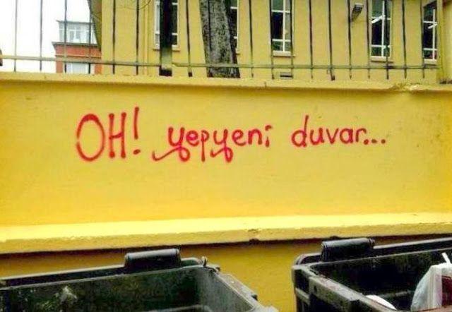 OĞUZ TOPOĞLU : oh yepyeni duvar - duvar yazıları