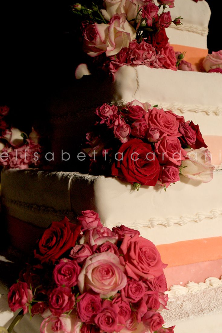 #elisabettacardani #italianstyle #weddingcake #rose