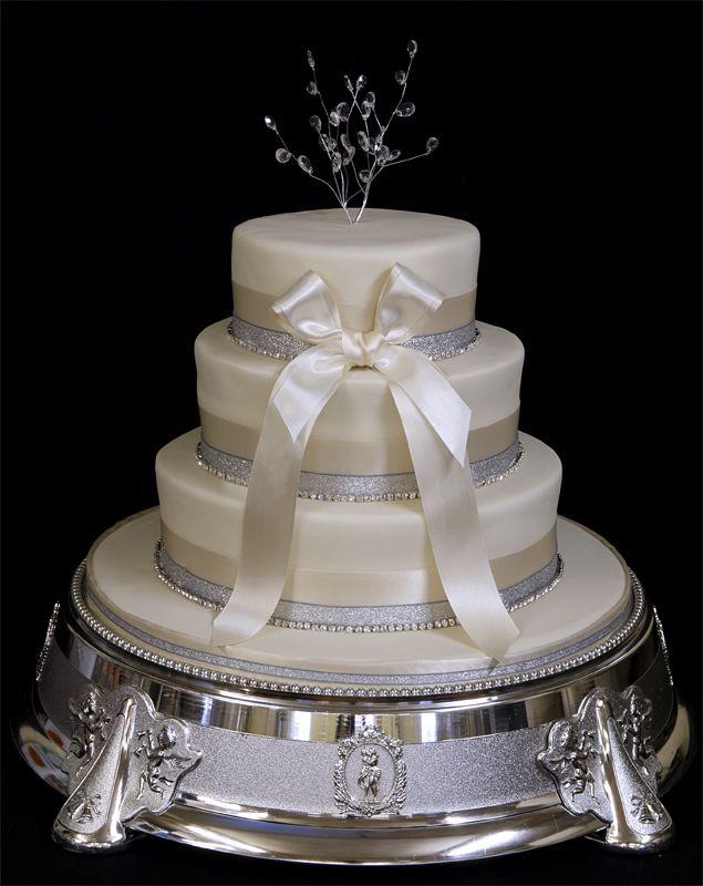 75 best wedding cakes images on pinterest cake wedding for Amazing wedding cake decoration game