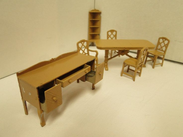Vintage Tootsie Toy Miniature Dollhouse Dining Room Set In Brown Metal