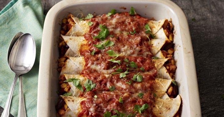 Überbackene Tortillas mit Füllung ist ein Rezept mit frischen Zutaten aus der Kategorie Hähnchen. Probieren Sie dieses und weitere Rezepte von EAT SMARTER!