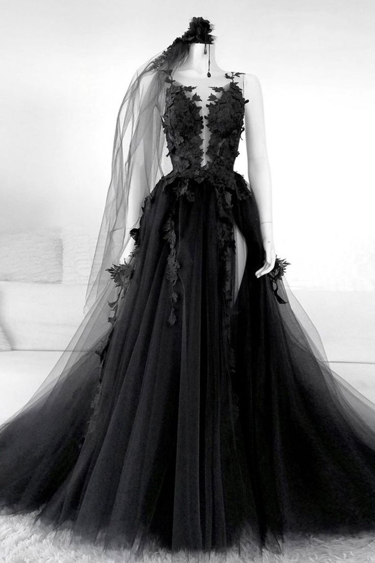 Black Tulle Lace Long Prom Dresses Black Tulle Lace Formal Evening Dresses In 2021 Black Wedding Dresses Black Wedding Gowns Black Evening Dresses [ 1104 x 736 Pixel ]