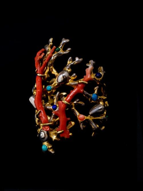 OCEAN CORAL CUFF - Michèle Baschet Jewellery Made In France.  On Ambassade-Excellence E-Shop.