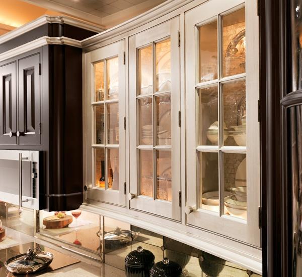 White & dark stain cabinets