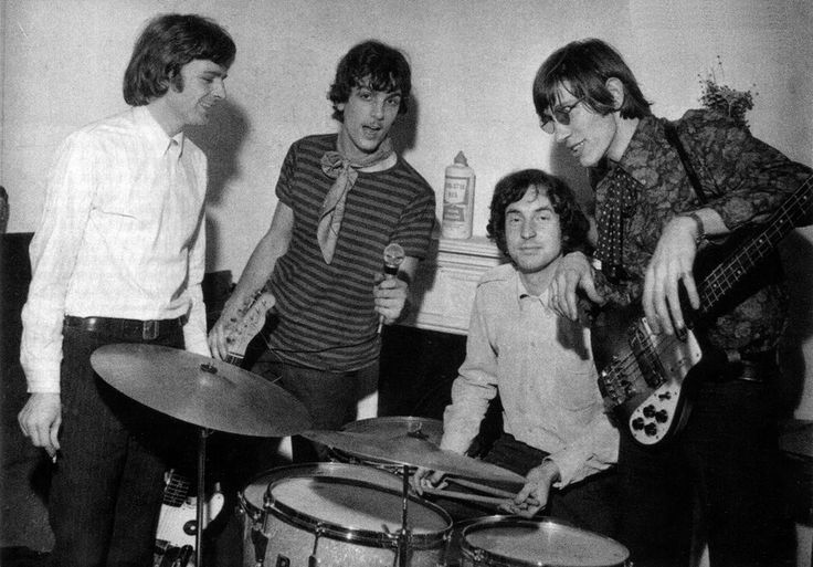 Pink Floyd, époque Syd Barret : Rick, Syd, Nick et Roger