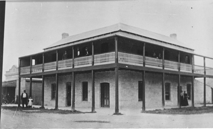 025920PD: Commercial Hotel, Busselton, ca 1900 http://encore.slwa.wa.gov.au/iii/encore/record/C__Rb3317987?lang=eng