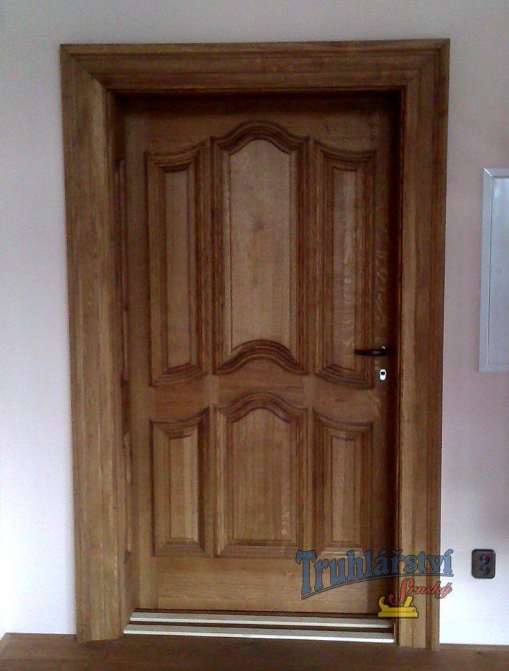 Stylové vnitřní dveře kazetové jednokřídlé včetně obložkové zárubně, dubový masiv, olejované