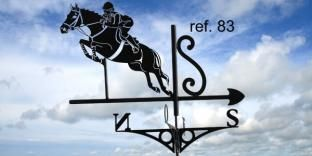 Girouette de toit : cheval à l'obstacle