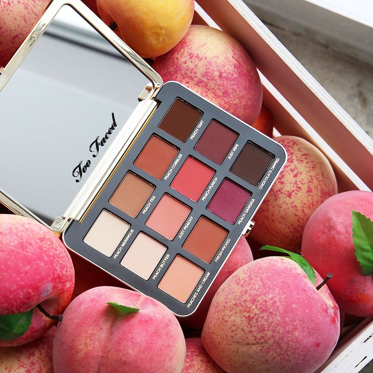"""Too Faced - """"Just Peachy Mattes"""" Palette."""