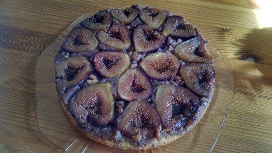 Fig upside down cake....use for those extra figs from the tree.