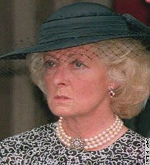 Princess Diana's mother, Frances Shand Kydd, who died Thursday aged 67 after a long illness, faced tragedy and difficulty throughout her life. morte mãe da princesa Diana em 67