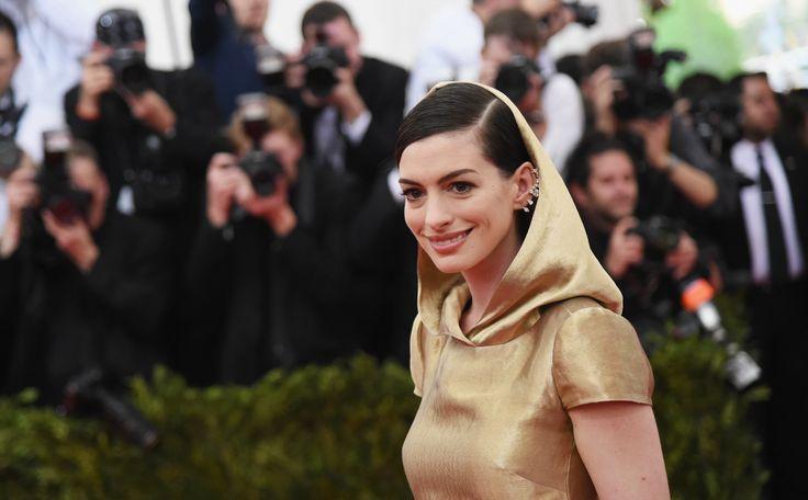 Actrice Anne Hathaway (32) zal de hoofdrol spelen in de sciencefiction film Colossal, dat maakte magazine The Hollywood Reporter deze week bekend.