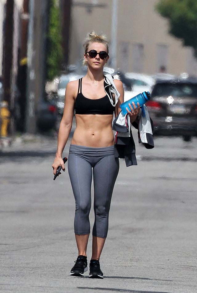 Julianne Hough Flaunts Her Insane Abs After a Trip to the Gym