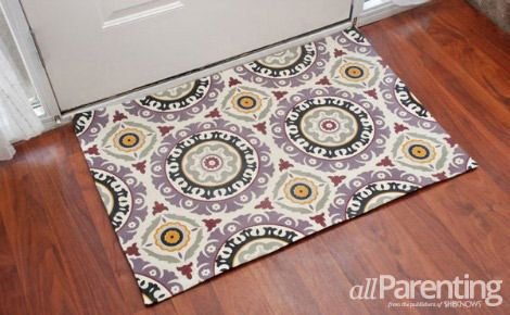 DIY- Make a fabric rug out of any fabric you like. (Great, Easy photo tutorial!)