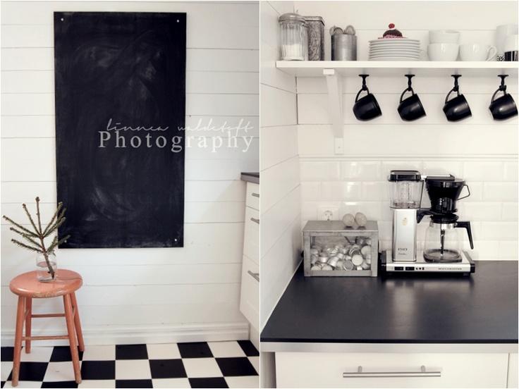 black/white kitchen