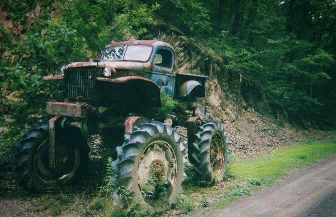 Old school lifted truck | Badass trucks | Pinterest ...