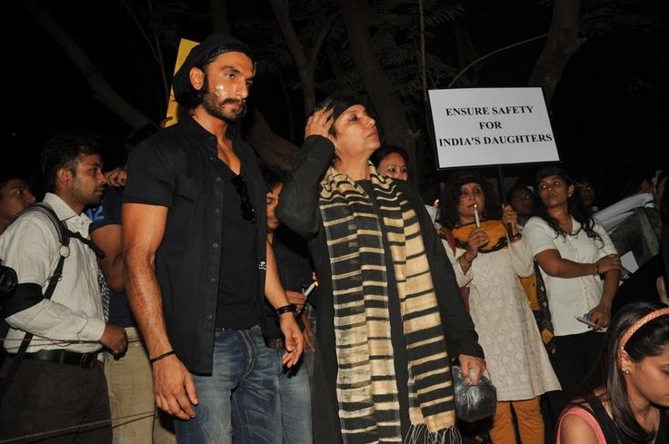Ranveer Singh at Candle March for Delhi Rape Victim.