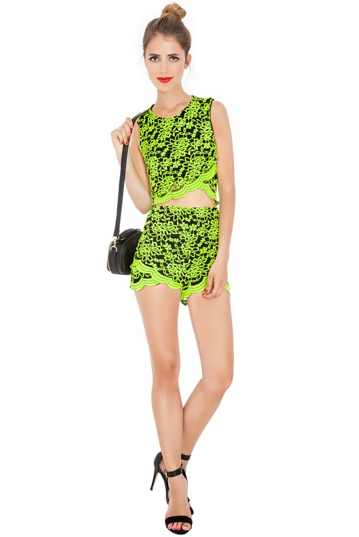 LACE SCALLOPED EDGED HOT PANTS AND CO ORDINATING TOP #lace #top #hotpants #citygoddess #wholesale #citygoddesswholesale