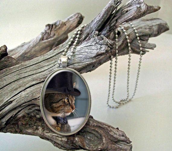 Monocle cat steampunk style glass cab pendant by ArtiFartiGifts
